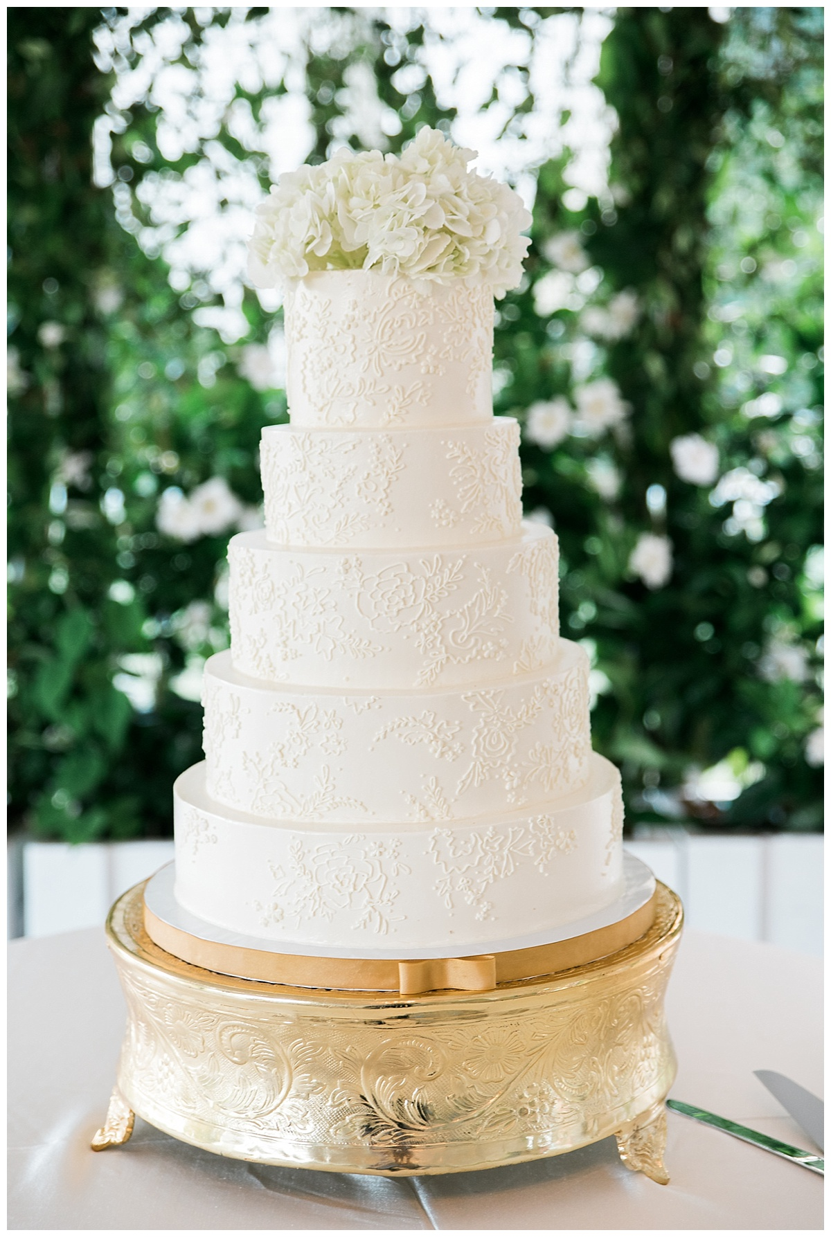 The Wedding Row | 22 of Our Favorite Wedding Cakes from Charleston\'s ...